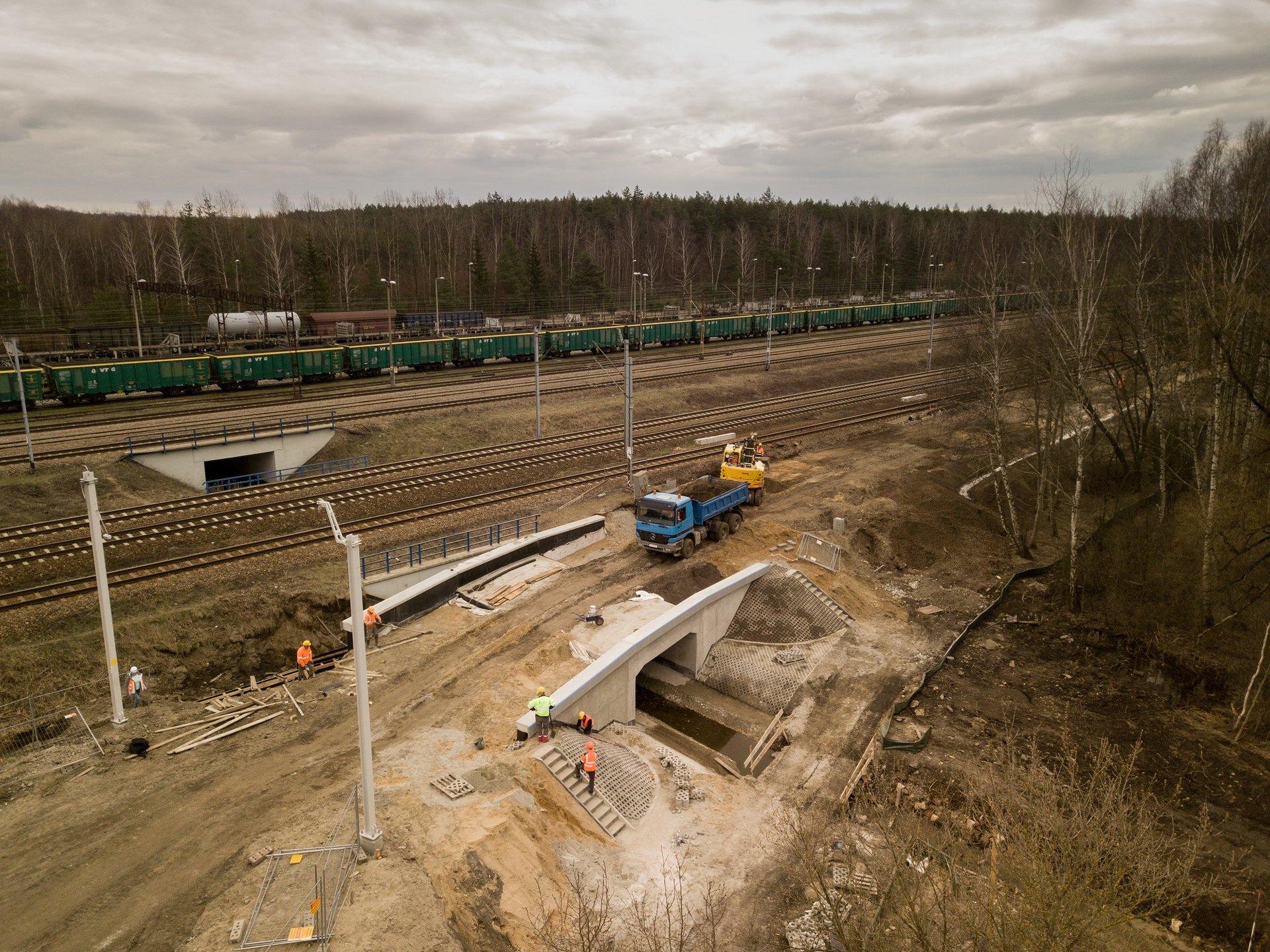 Odbudowa trasy kolejowej pozwoli pociągom dotrzeć do Pyrzowic
